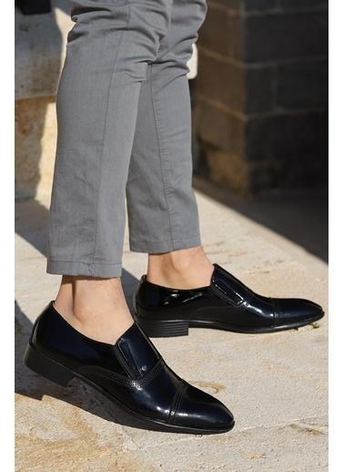 Ayakland Ayakland P545 Rugan %100 Deri Klasik Erkek Ayakkabı Siyah